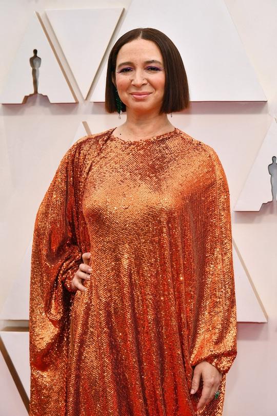 Thảm đỏ Oscar 92: Té ngửa với những mẫu thời trang... quá sức tưởng tượng! - Ảnh 9.