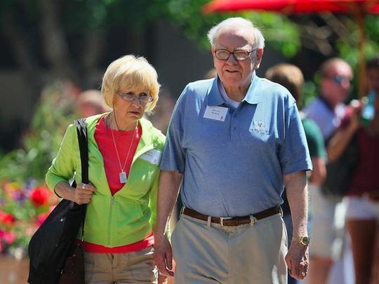 Cuộc hôn nhân kỳ lạ của tỷ phú Warren Buffett - Ảnh 12.