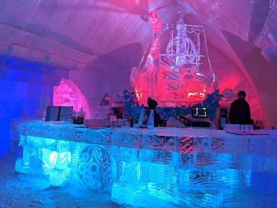 Bên trong khách sạn được xây hoàn toàn bằng băng tuyết - Ảnh 16.