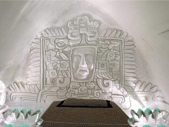 Bên trong khách sạn được xây hoàn toàn bằng băng tuyết - Ảnh 3.