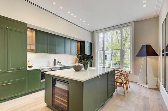 Những gam xanh tối màu tuyệt đẹp cho căn bếp hiện đại - Ảnh 4.