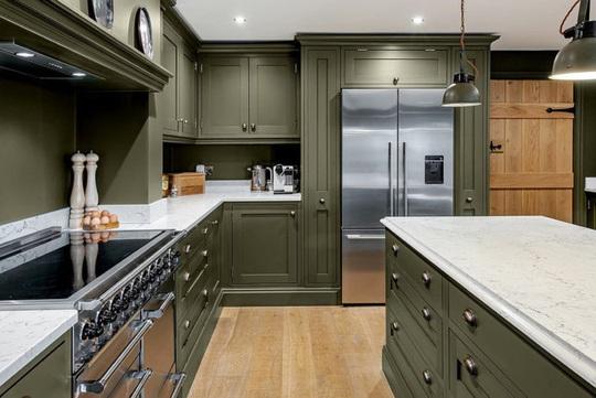Những gam xanh tối màu tuyệt đẹp cho căn bếp hiện đại - Ảnh 7.
