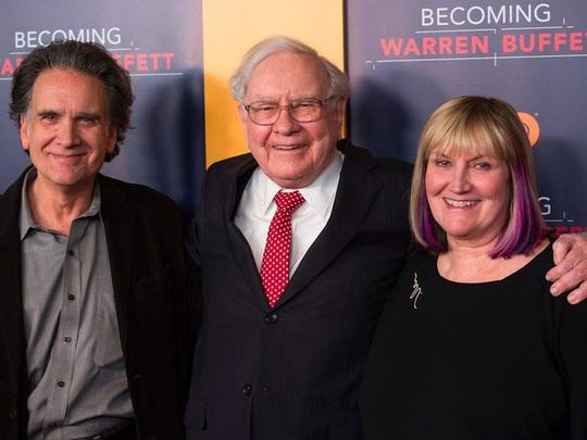 Cuộc hôn nhân kỳ lạ của tỷ phú Warren Buffett - Ảnh 8.