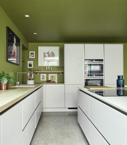 Những gam xanh tối màu tuyệt đẹp cho căn bếp hiện đại - Ảnh 8.