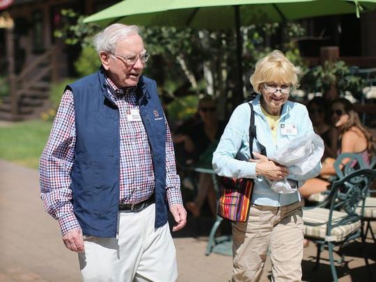 Cuộc hôn nhân kỳ lạ của tỷ phú Warren Buffett - Ảnh 9.