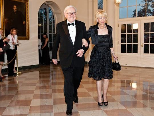Cuộc hôn nhân kỳ lạ của tỷ phú Warren Buffett - Ảnh 10.