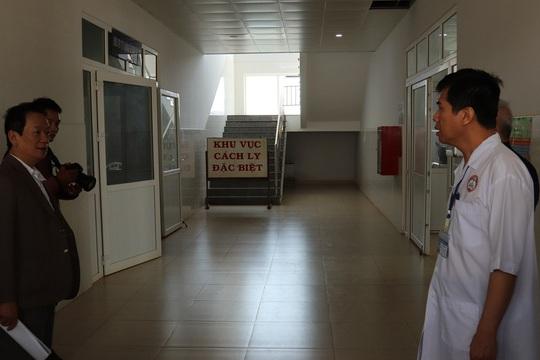 Người đàn ông Trung Quốc làm việc tại Việt Nam đã được xuất viện - Ảnh 1.