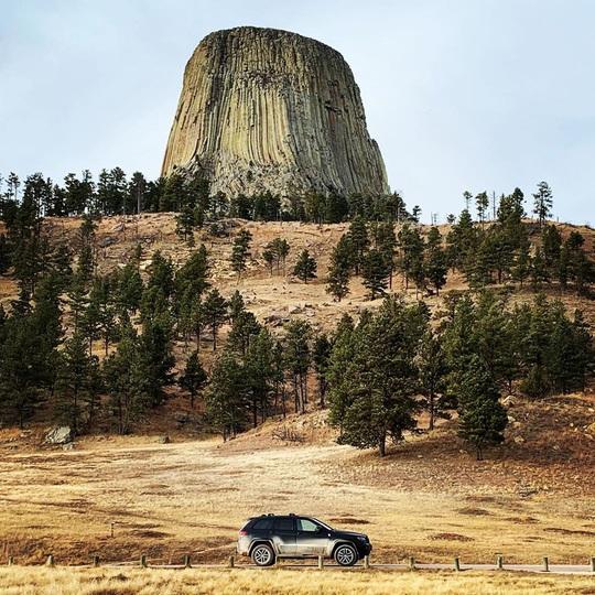 Tháp Quỷ 50 triệu năm tuổi - danh thắng hàng đầu nước Mỹ - Ảnh 3.