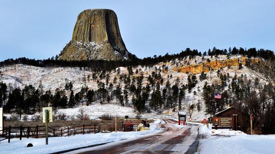 Tháp Quỷ 50 triệu năm tuổi - danh thắng hàng đầu nước Mỹ - Ảnh 8.