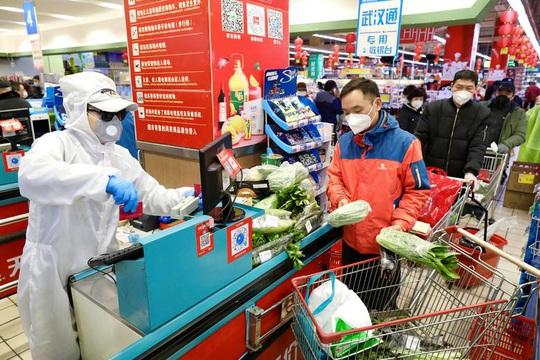 Hàng triệu dân Trung Quốc bị cách ly, sống ra sao? - Ảnh 4.