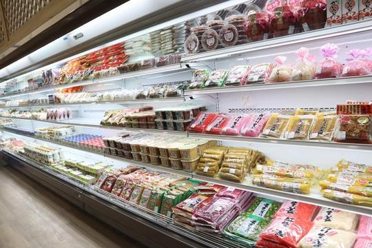 Có gì trong trung tâm thương mại chuyên bán hàng cao cấp Nhật tại TP HCM? - Ảnh 1.