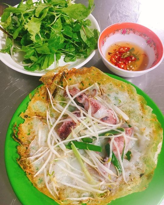 Những khu ẩm thực nổi tiếng hút khách ở Đà Nẵng - Ảnh 11.