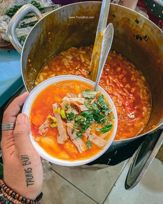 Những khu ẩm thực nổi tiếng hút khách ở Đà Nẵng - Ảnh 5.