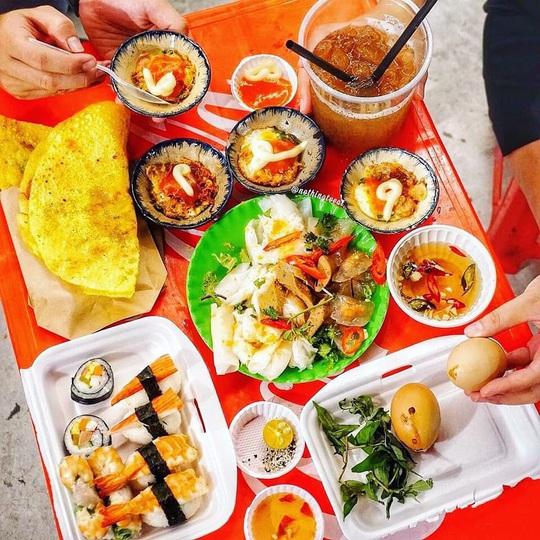 Những khu ẩm thực nổi tiếng hút khách ở Đà Nẵng - Ảnh 8.