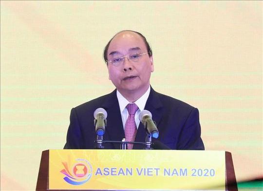 Thủ tướng Nguyễn Xuân Phúc ra Tuyên bố của Chủ tịch ASEAN về Covid-19 - Ảnh 1.