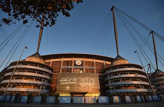 Phạm luật UEFA, Man City bị cấm dự cúp châu Âu 2 mùa - Ảnh 2.