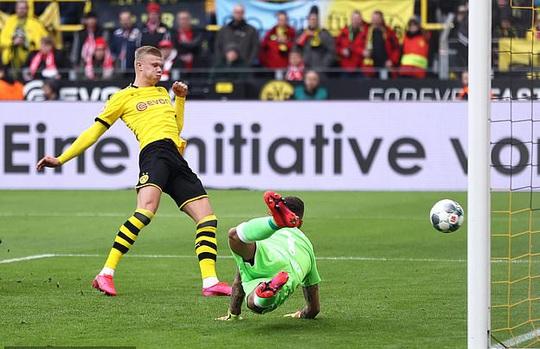 Song sát lập công, Dortmund dội mưa bàn thắng Frankfurt - Ảnh 5.