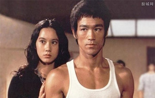 Hai người tình của Lý Tiểu Long sống đời cô độc tuổi xế chiều - Ảnh 1.