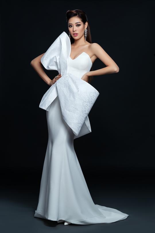 Hoa hậu Hoàn vũ Khánh Vân công bố bộ ảnh beauty - Ảnh 2.