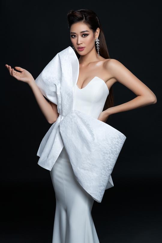 Hoa hậu Hoàn vũ Khánh Vân công bố bộ ảnh beauty - Ảnh 4.