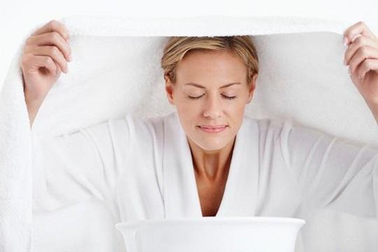 Xông hơi mặt bằng sả dưỡng da, tốt cho sức khỏe - Ảnh 1.