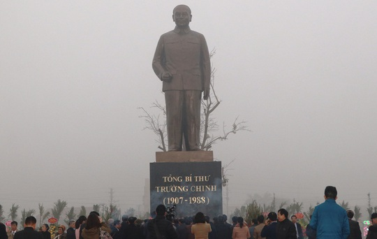 Khánh thành tượng đài Tổng Bí thư Trường Chinh - Ảnh 2.