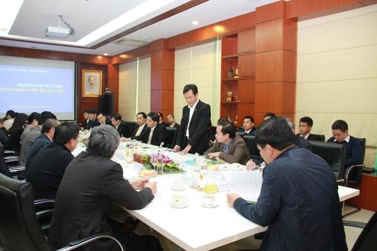 Bộ trưởng Nguyễn Xuân Cường đến thăm và làm việc cùng C.P. Việt Nam - Ảnh 1.
