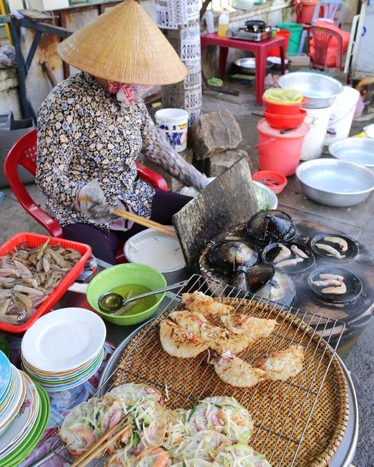 Ngoài hải sản, Nha Trang còn nhiều món ăn gây thương nhớ - Ảnh 2.
