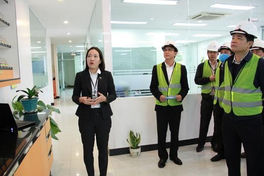 Bộ trưởng Nguyễn Xuân Cường đến thăm và làm việc cùng C.P. Việt Nam - Ảnh 3.