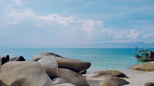 Né dịch tại hòn đảo hoang sơ, tuyệt đẹp ở Bình Thuận - Ảnh 6.