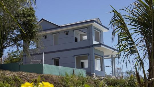 Cận cảnh căn biệt thự xây dựng không phép trên Núi Lớn - Ảnh 9.