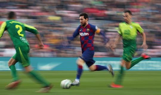 Messi lập cú poker, Barcelona thắng hủy diệt Eibar, lên ngôi đầu - Ảnh 2.
