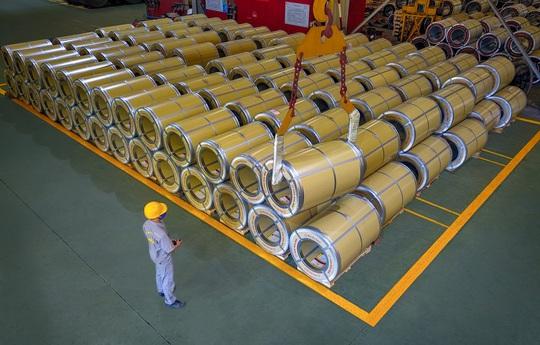 Tập đoàn Hoa Sen tạo đột phá với dòng sản phẩm tôn siêu bền Hoa Sen Gold - Ảnh 2.