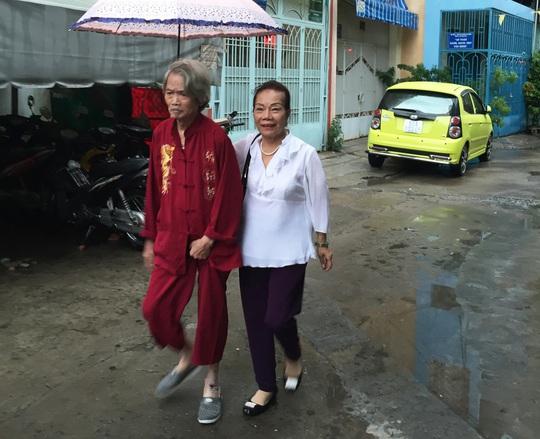 Tâm sự xé lòng của vợ đạo diễn - NSND Huỳnh Nga - Ảnh 1.
