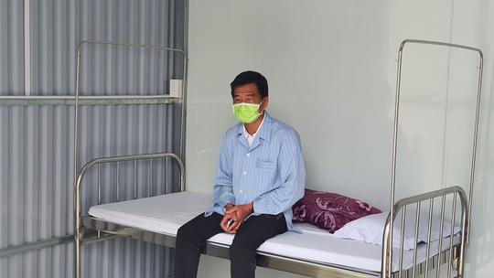 CLIP: Bệnh nhân Covid-19 thứ 16 nói gì khi xuất viện? - Ảnh 1.
