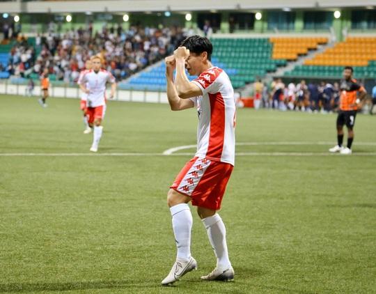 Công Phượng cứu Bùi Tiến Dũng, giúp CLB TP HCM giành 3 điểm trên đất Singapore - Ảnh 2.