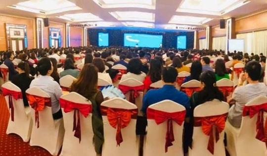 Yêu cầu Sở GD-ĐT Thanh Hóa dừng ngay việc tổ chức hội thảo chọn sách - Ảnh 3.