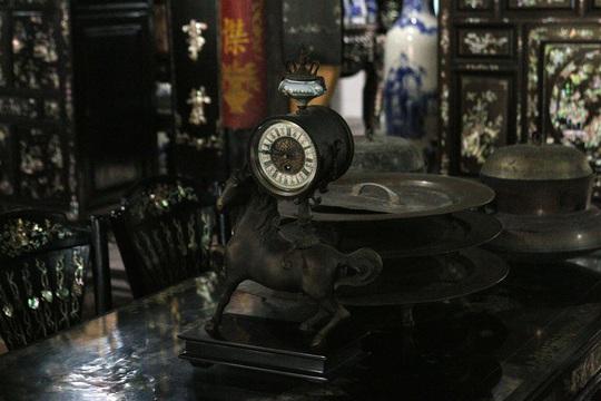 Chiêm ngưỡng căn nhà có hơn 100 báu vật độc nhất ở miền Tây - Ảnh 22.