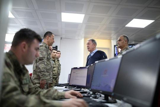 Mỹ cân nhắc giúp Thổ Nhĩ Kỳ đối đầu Nga tại Syria - Ảnh 1.