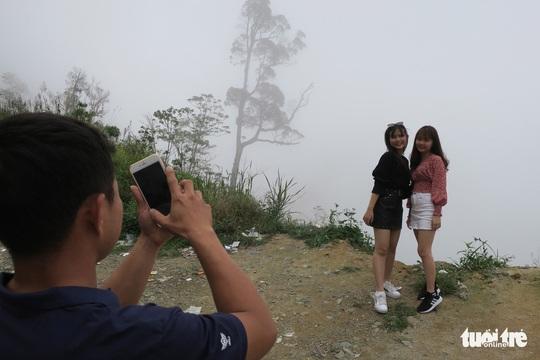 Checkin nơi nguy hiểm: đỉnh đèo Khánh Lê - Ảnh 1.