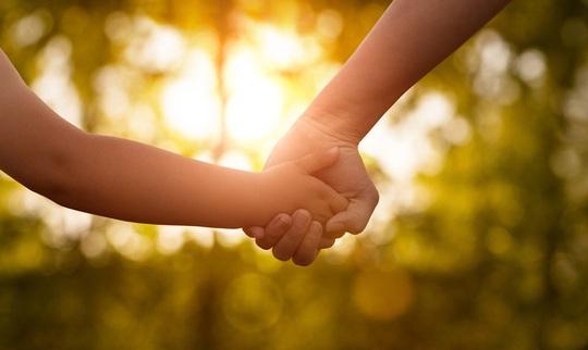Mẹ bảo con gái: Hãy làm mẹ đơn thân thật mạnh mẽ - Ảnh 2.