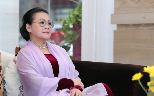 Lo ngại virus corona, Chuyện tình của Khánh Ly, Quang Dũng, Hồng Nhung bị hủy - Ảnh 2.