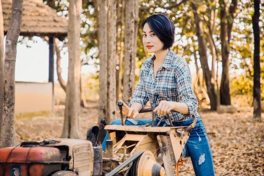 Diễn giả, MC Thi Thảo cùng NSƯT Cao Minh đưa các nữ CEO đi thực tế - Ảnh 9.