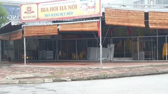 Nhà hàng thua lỗ, đóng cửa, nhân viên mất việc vì dịch bệnh corona - Ảnh 2.