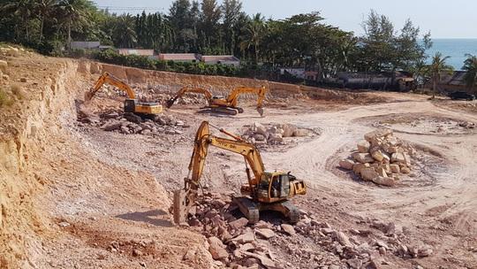 Cosmos Phú Quốc tạm dừng đục đá, mong du khách và người dân cảm thông - Ảnh 1.