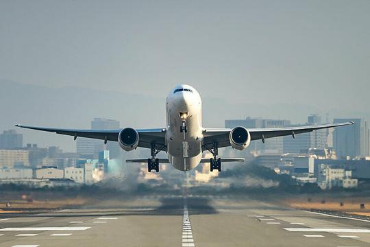 Mẹo tránh nhiễm bệnh trên máy bay - Ảnh 1.