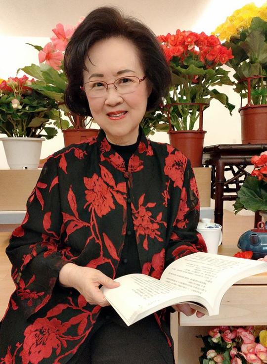 Quỳnh Dao chia tay mạng xã hội ở tuổi 82 - Ảnh 1.
