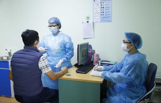 Bệnh nhân ung thư dễ diễn biến nặng nếu mắc Covid-19 - Ảnh 1.
