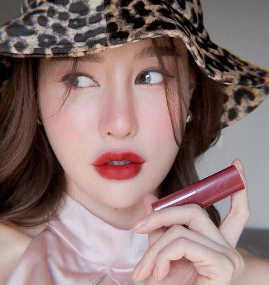 5 phong cách makeup mở đầu xu hướng năm 2020 - Ảnh 8.