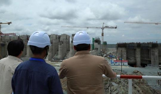 Campuchia tạm dừng các kế hoạch ở đập sông Mekong - Ảnh 1.
